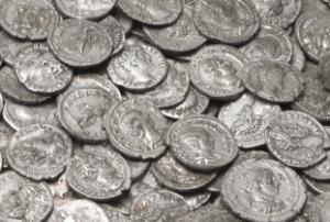 Römische Münzen reinigen